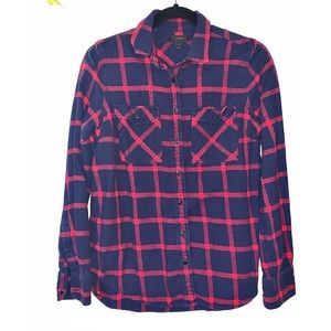 J crew flannel button down red blue 4